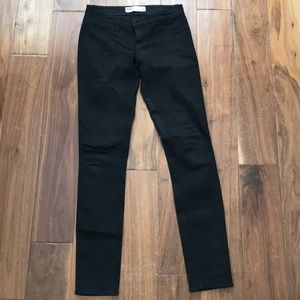 Black pants/jeggings